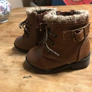 Infant Size 3 Brown Combat Boots
